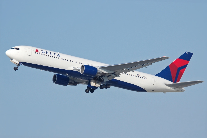 Delta_Air_Lines_B767-332_N130DL.jpg
