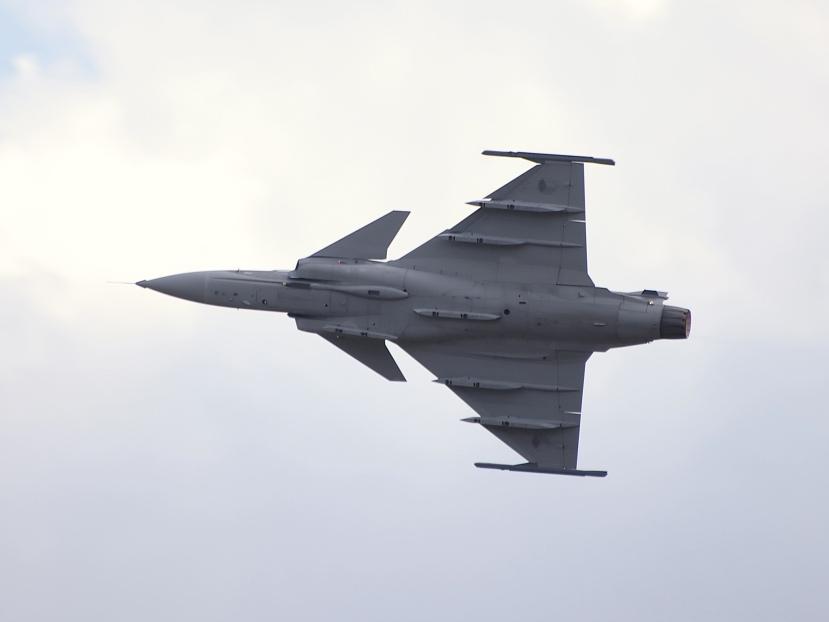 JAS-39_Gripen_down_under.jpg