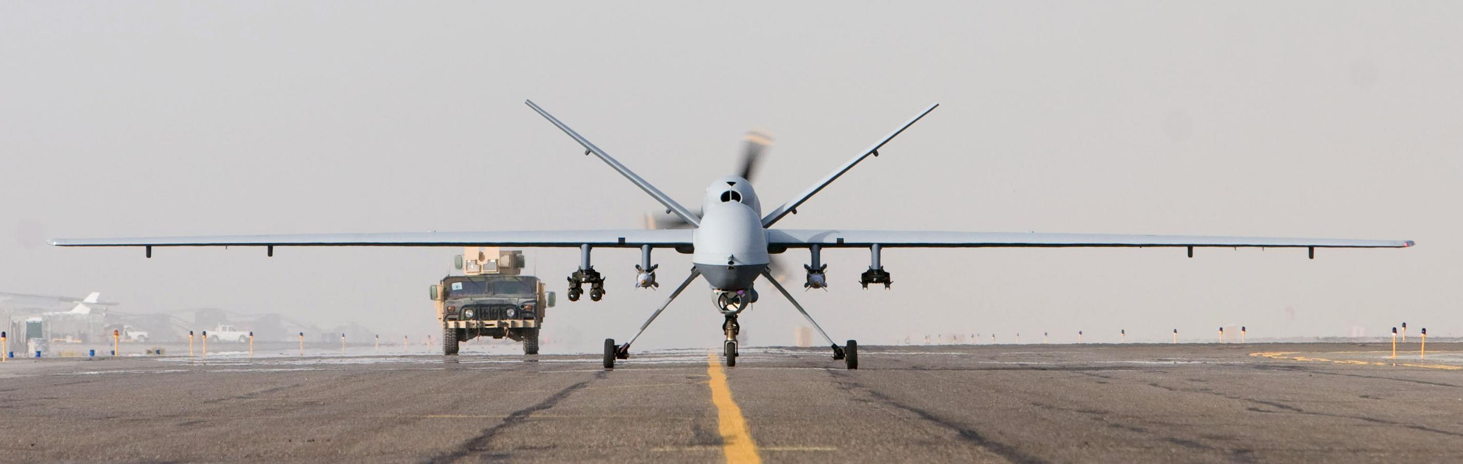 MQ-9_Afghanistan_takeoff_1_Oct_07.jpg