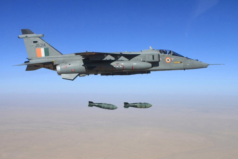 IAF_Jaguar_strike_aircraft.jpg