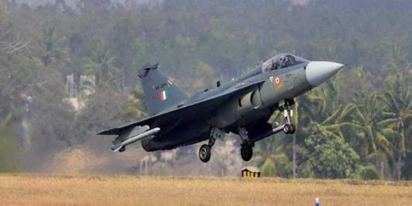 Fighter_jet_Tejas_PTI.jpeg