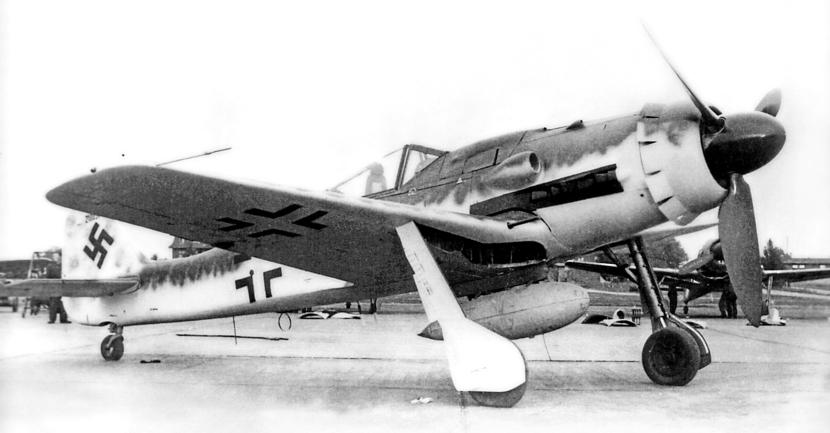 Fw 190D-9 1.jpg