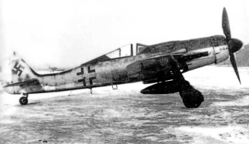 Fw 190D-9 2.jpg