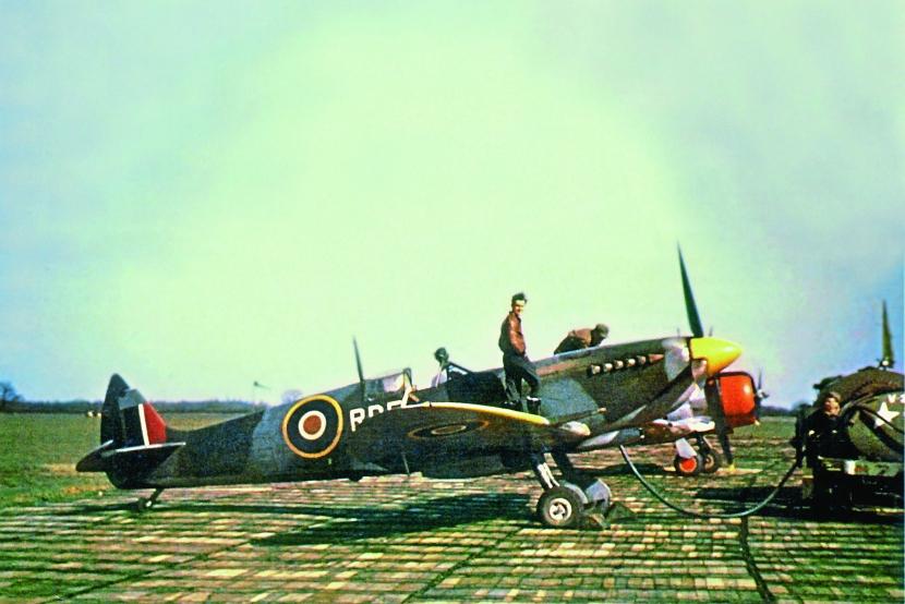 Spitfire LF IX 2