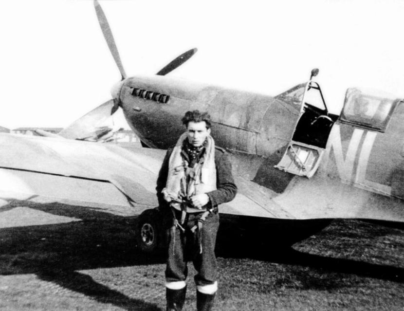 Spitfire LF IX 3