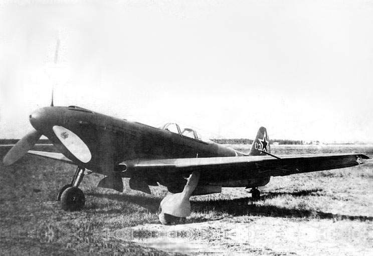 Yak-9U 2.jpg