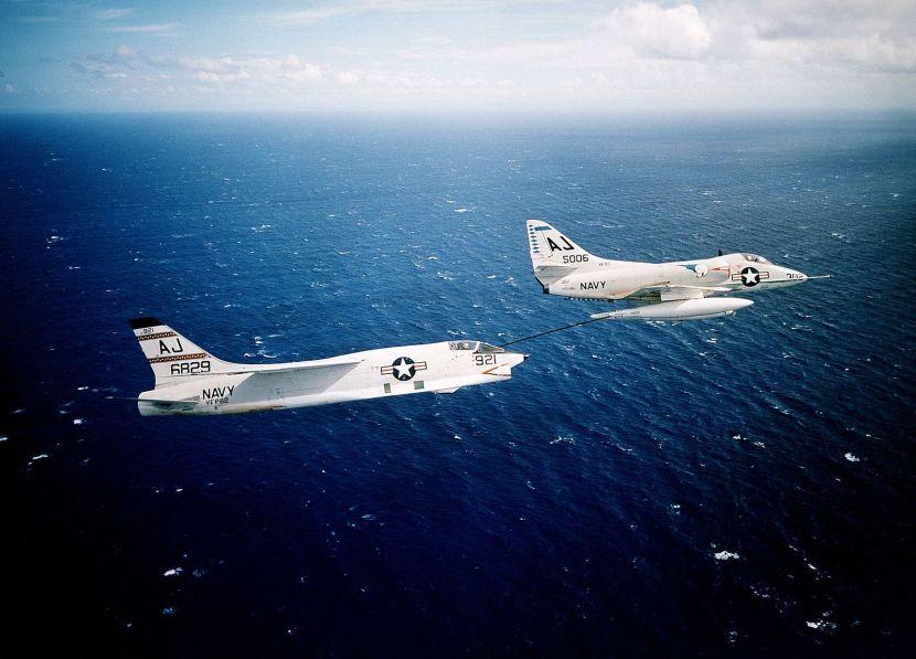A4D-2_Skyhawk_of_VA-83_refuels_F8U-1P_Crusader_of_VFP-62,_circa_1961_(6418322).jpg