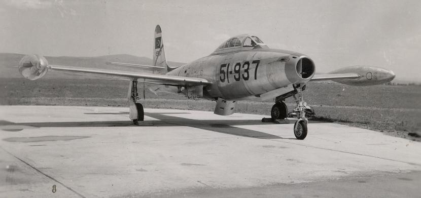 7_F-84G.jpg