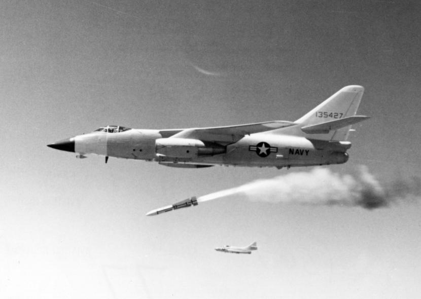 AIM-54A_first_test_A-3A_NAN11-66
