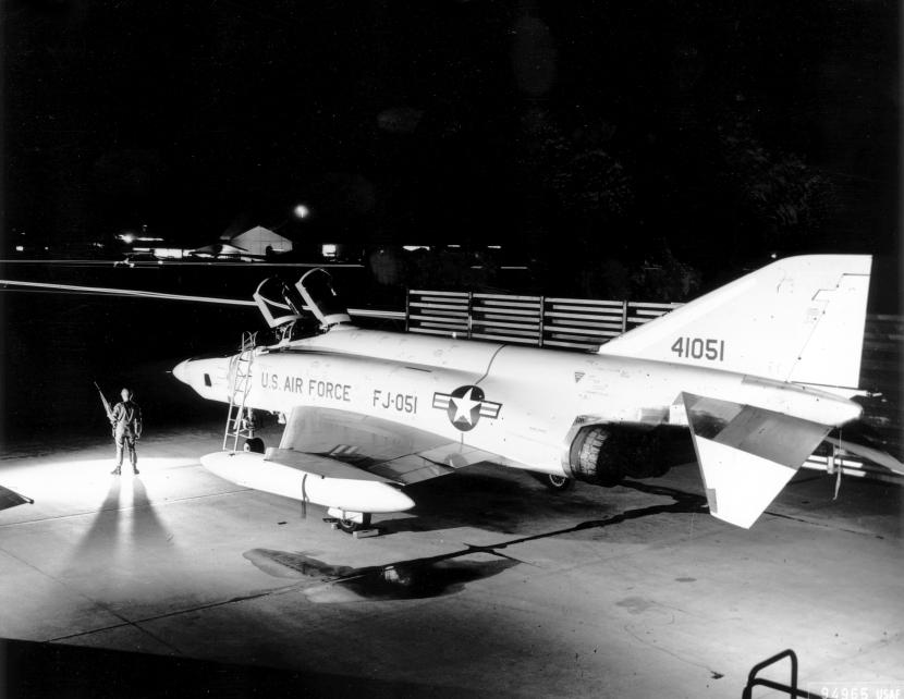 RF-4C
