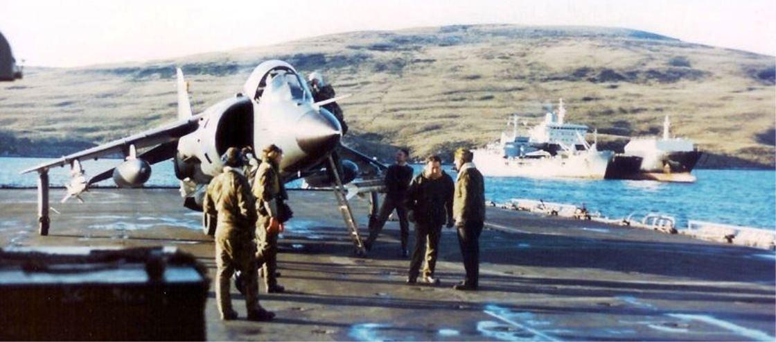 San-Carlos-FOB-Falkland-Islands-Sea-Harrier-divert-to-HMS-Intreipid-03