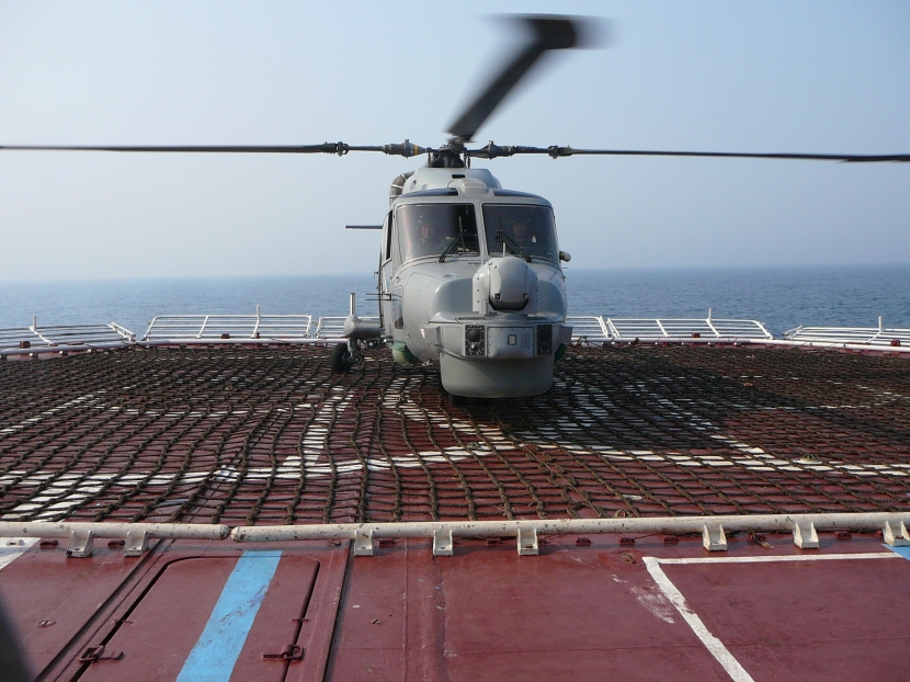 19 JUNE 07 Lynx on Admiral Chabanenko