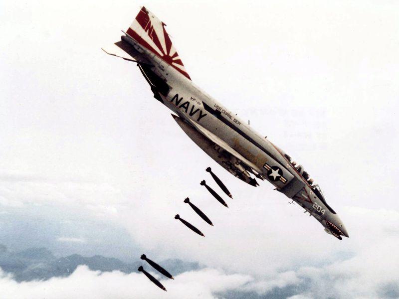f4_bombs