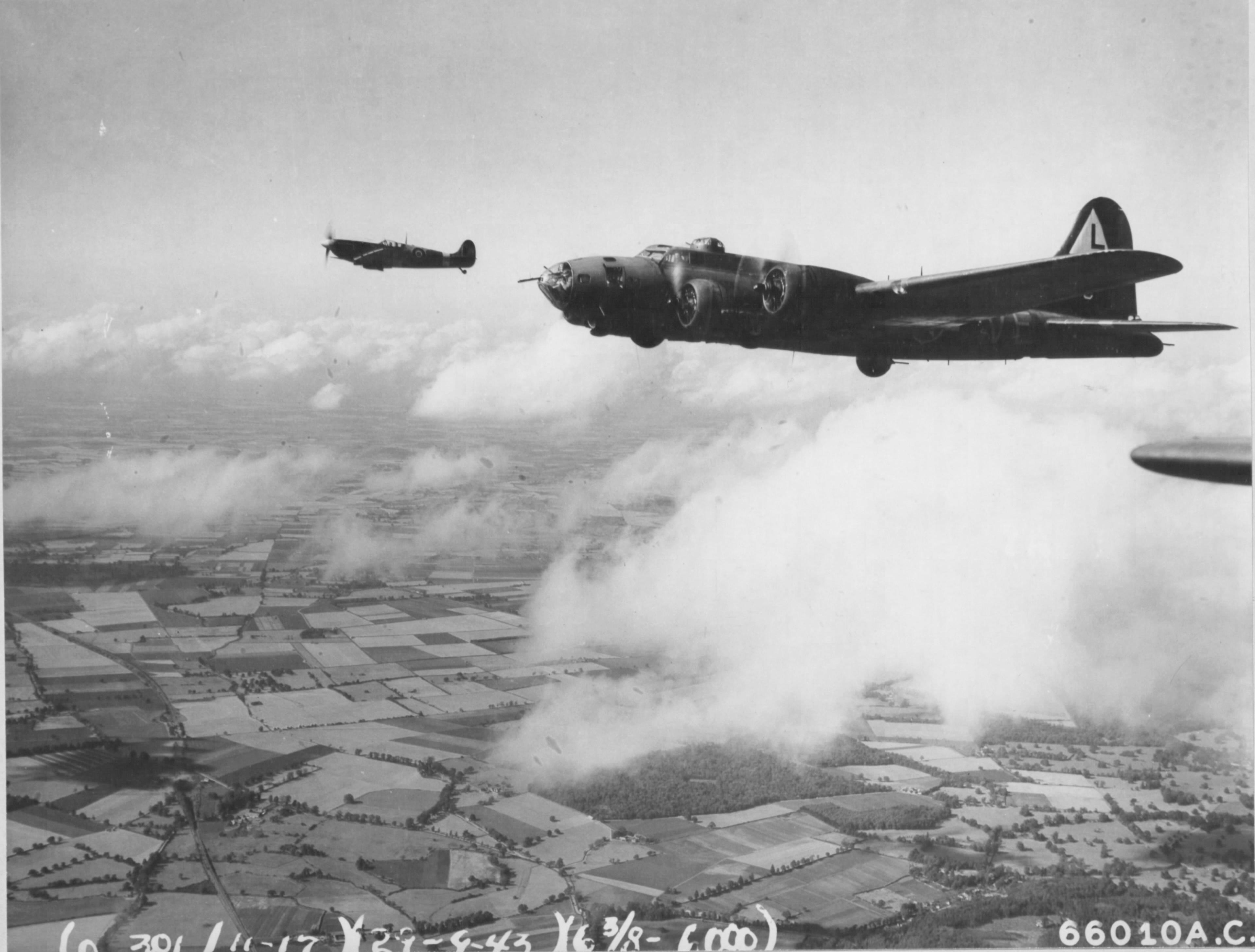 Spitfire-MkIX-RAF-302Sqn-WXR-MH869-escorts-8AF-B-17-Fortress-over-France-early-1944-01