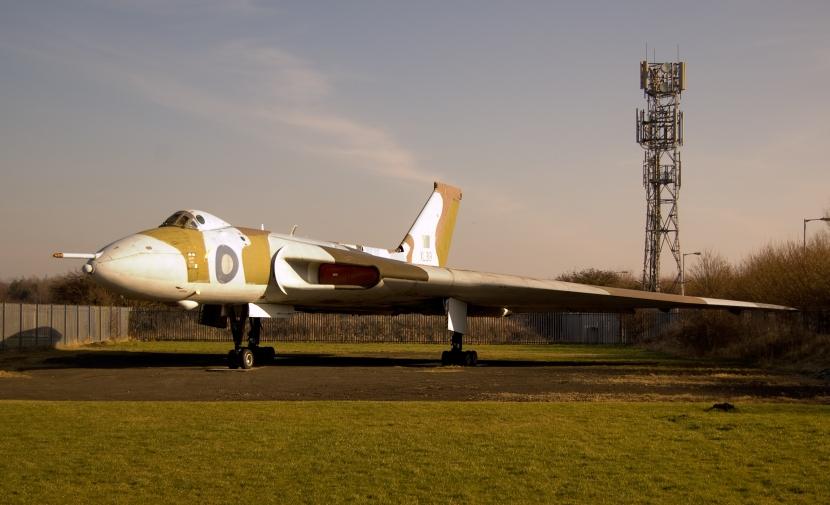 Avro_Vulcan_cropped1.jpg