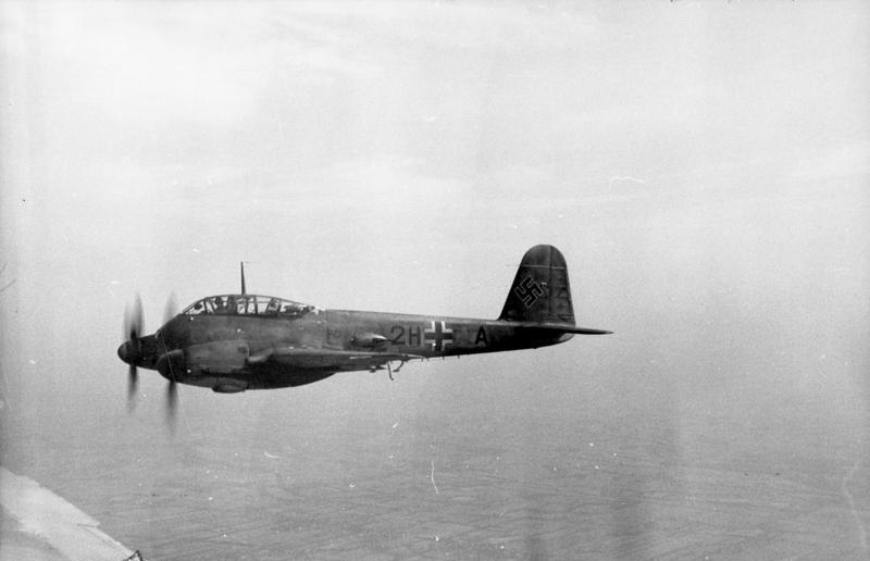 Frankreich, Flugzeug Me 210