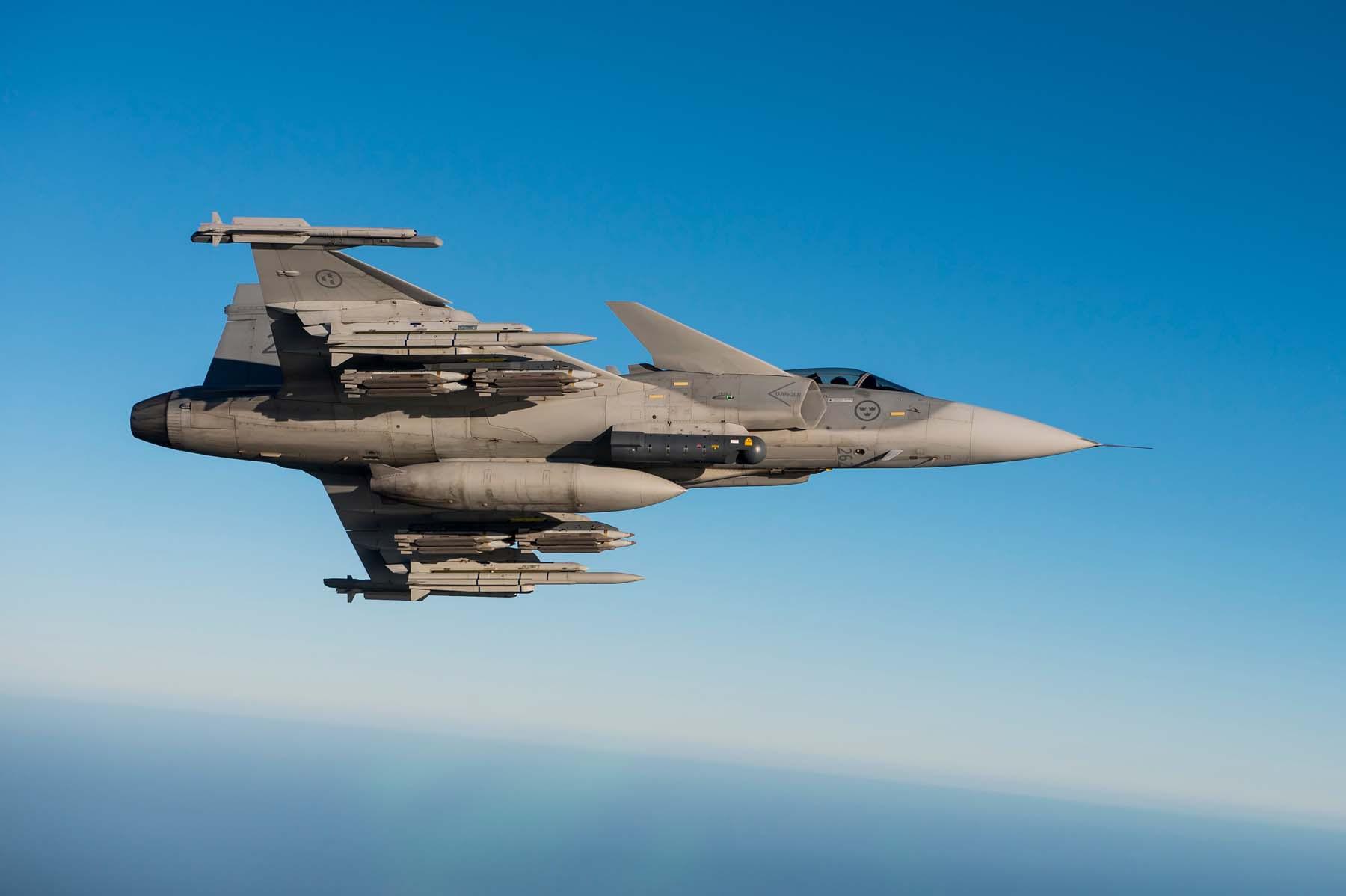 Gripen-JAS-39C-MS20-matric-262-foto-Saab.jpg